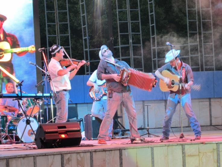 Pine Leaf Boys in concert